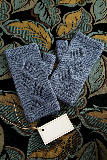 Auld Lang Syne Mitts