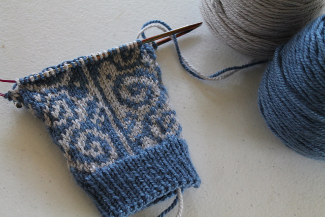 Knitting Increases For Thumb Gusset : Colorwork